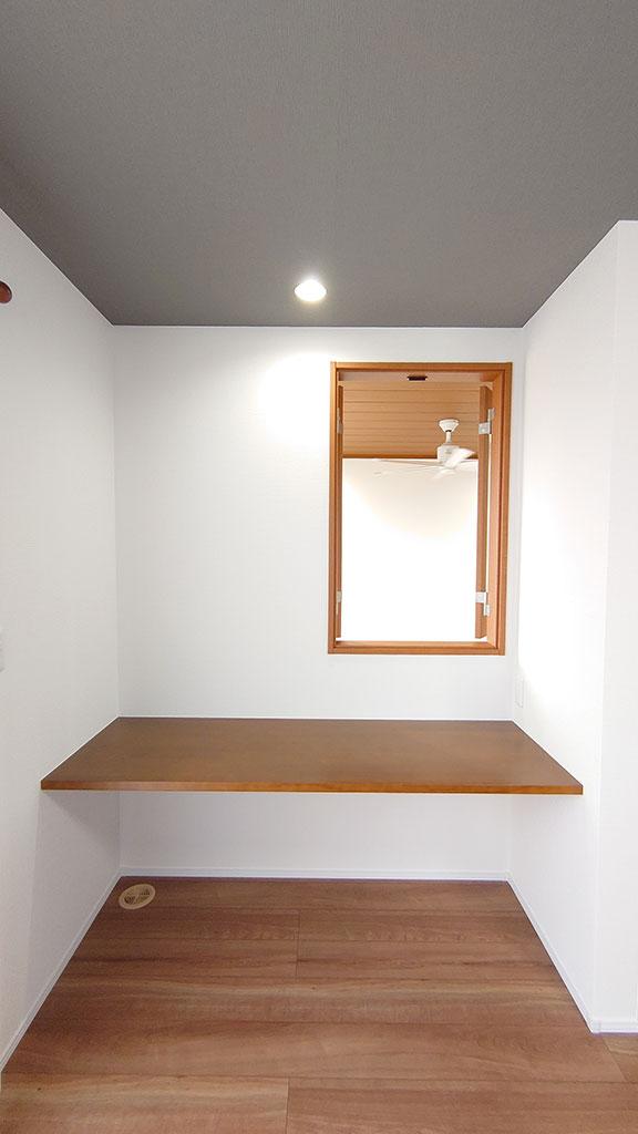 シンプルに美しい 「箱」から発想したデザイン住宅
